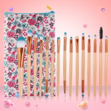 Set of 15 Makeup Brushes